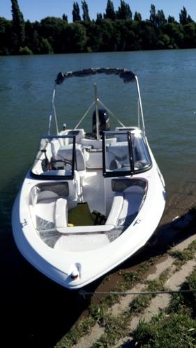 open 490 equipada con motor 4 tiempos 60 hp mercury 2020