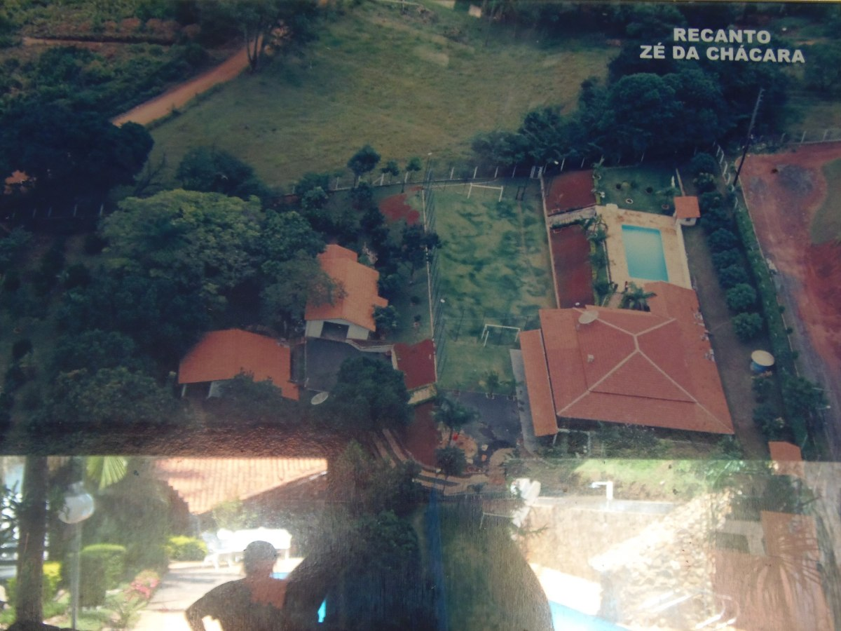oportunida linda chácara 2.500 m2 cond (60% entr e parcelas)