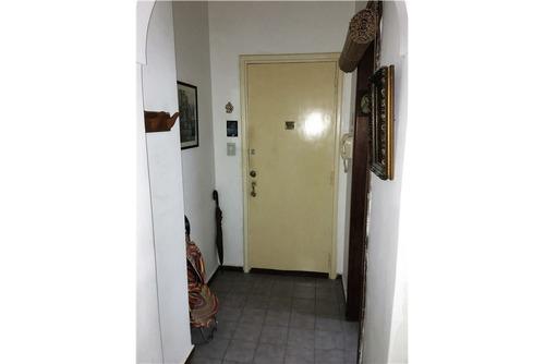 oportunidad - 3 amb 1° piso por escalera
