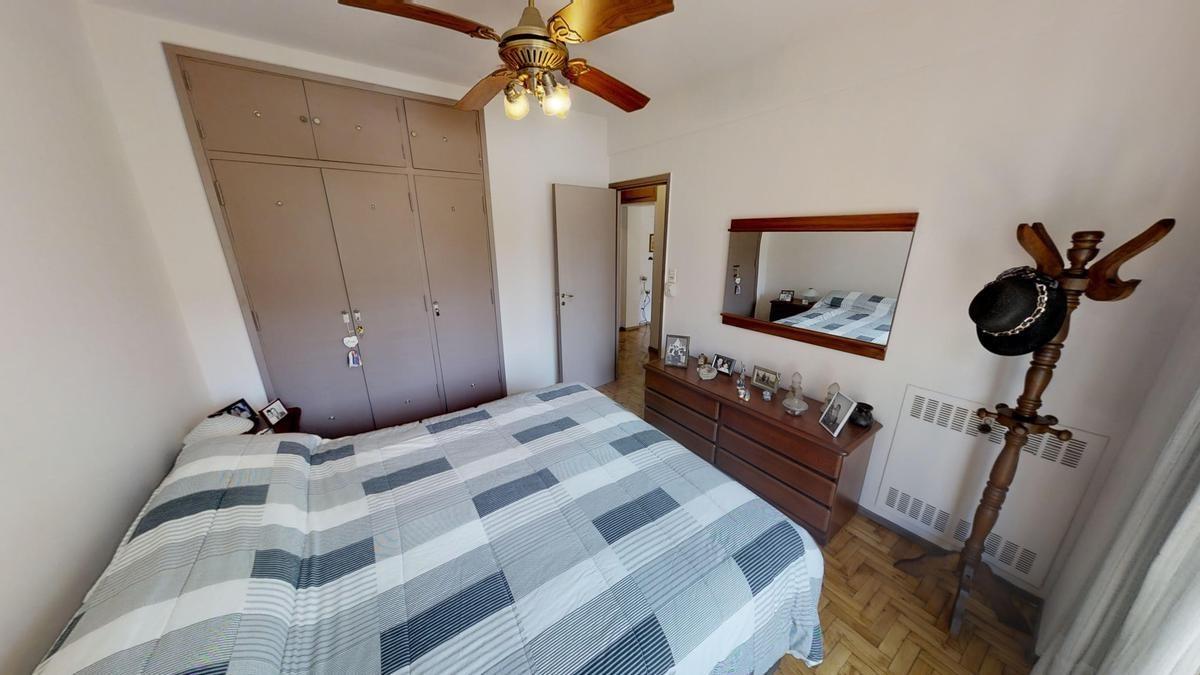 oportunidad. 3 amb   dep  2 baños  comedor diario o 3 dorm - ubicación perfecta- luminoso .