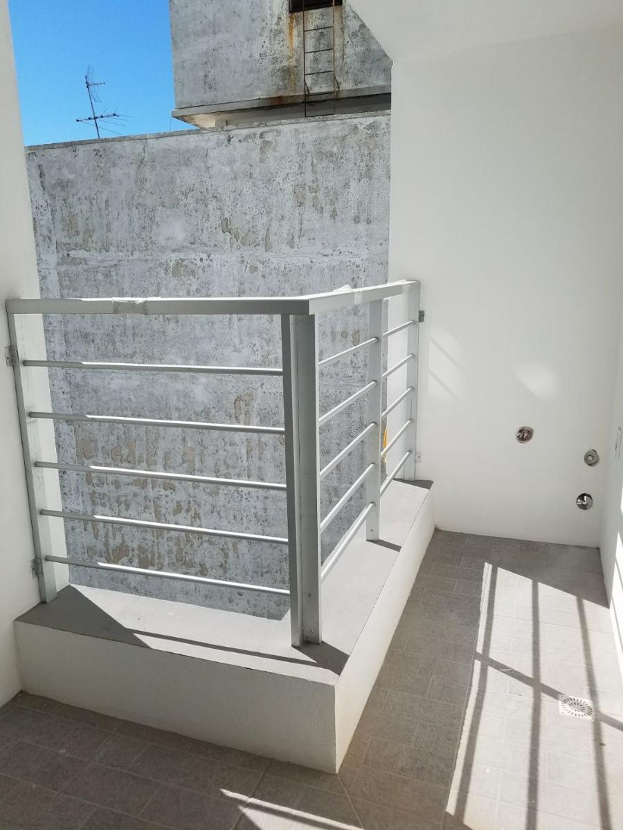 oportunidad, al frente balcón, a metros de rambla y 18