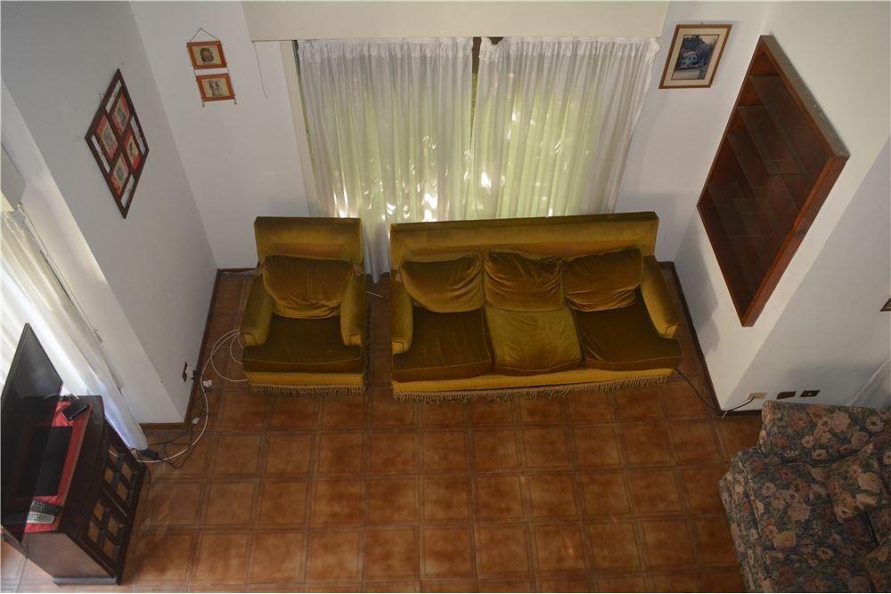 oportunidad alquiler casa con pileta  el jaguel