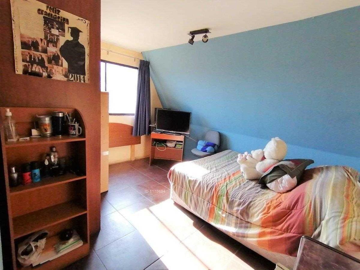 oportunidad - amplia casa a cuadras de metro vicente valdés, la florida tranquila zona residencial