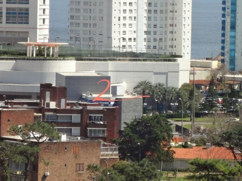 oportunidad. apartamento en venta en zona de parada 4 de la brava, a escasos 100 metros de la playa. piso alto con vistas p- ref: 4402