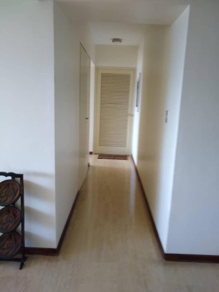 oportunidad  apartamento  ubicado  edificio de lujo