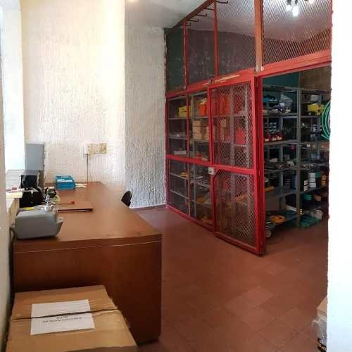 oportunidad bodega, oficina ubicadisima frente a galerias