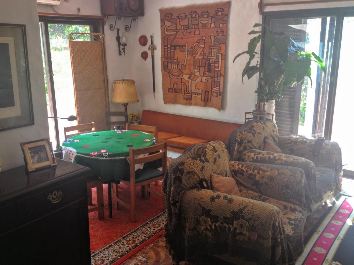 oportunidad! buena casa de estilo mediterráneo en golfers c.c.