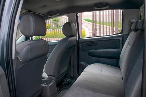 oportunidad camioneta doble cabina toyota modelo 2014 hillux