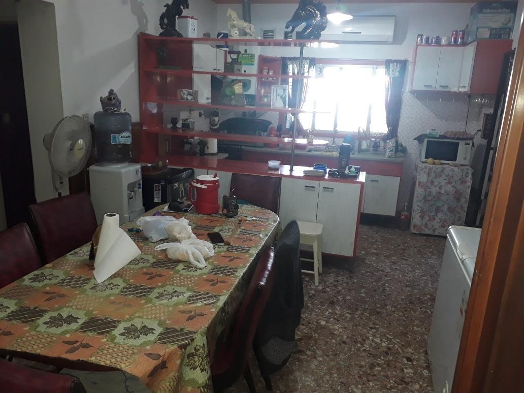 oportunidad casa 5 amb en venta villa lugano financiamos