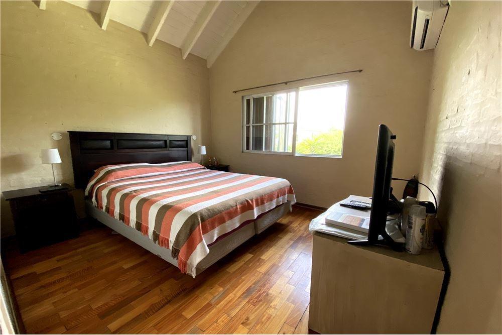 oportunidad! casa de 3 dorm. campos de echeverría