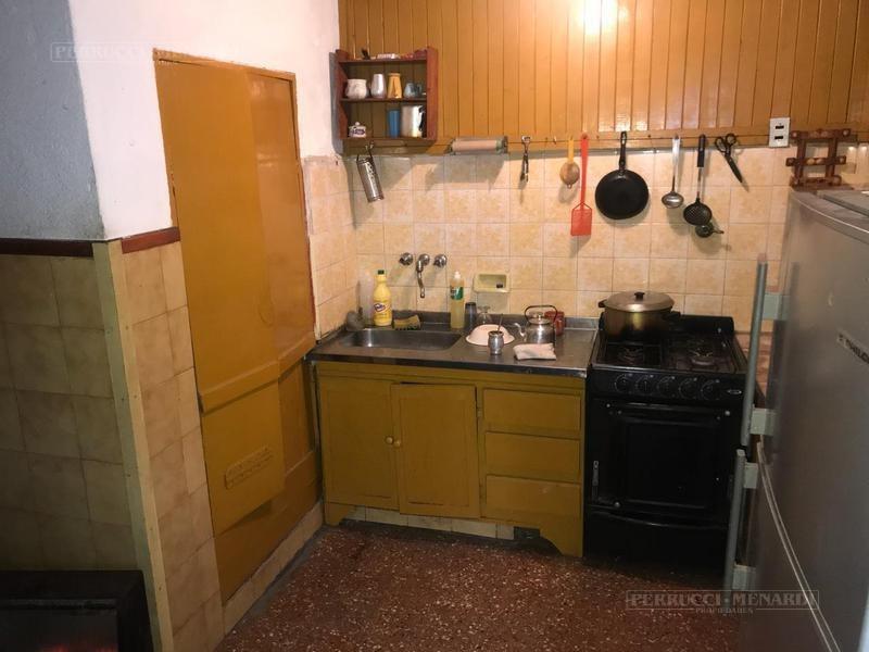 oportunidad! casa en jose leon suarez - 3 ambientes con jardín.