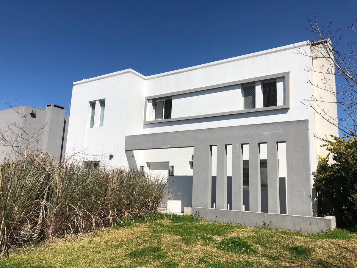 oportunidad casa en nordelta barrio los alisos