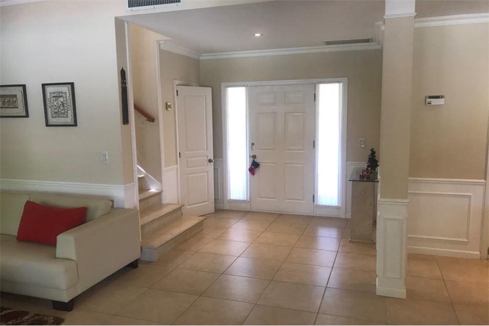 oportunidad casa en venta, amoblada