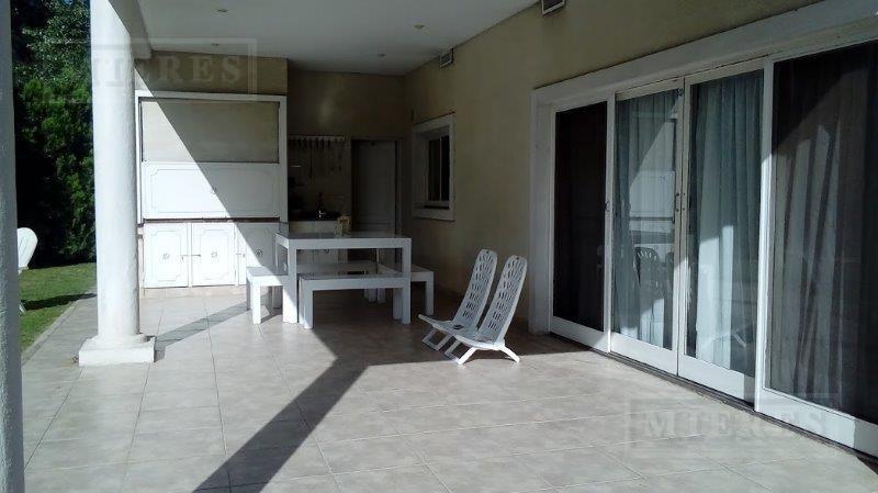 oportunidad: casa en venta con excelente orientación en altamira, rincón de milberg.