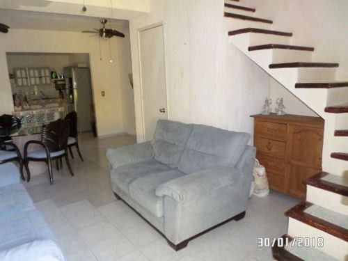 oportunidad!! casa remodelada fraccionamiento guadalupana c2069