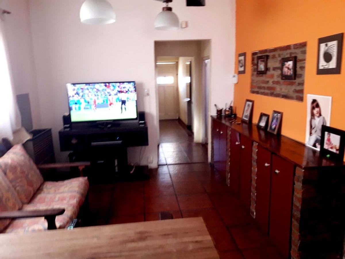 oportunidad!! casa tipo americana 3 ambientes en ph,  con garaje y patio con parrilla