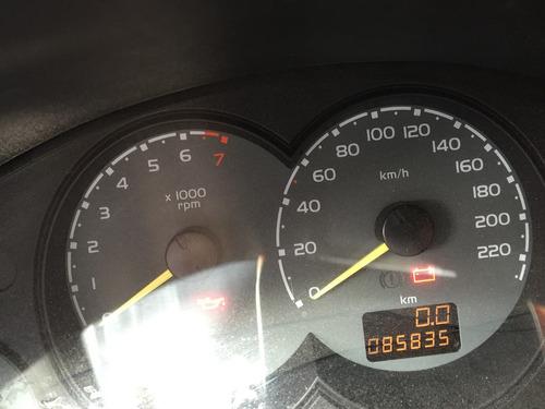 oportunidad chevrolet corsa md 2004 chocado muy reparable