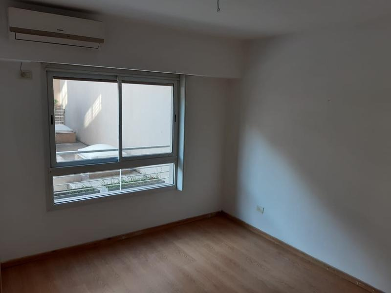 oportunidad! con cochera .1er piso a patio interno