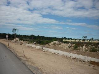 oportunidad de inversión, terreno de 2.2 has. totalmente urbanizado, con drenaje, agua potable, ener