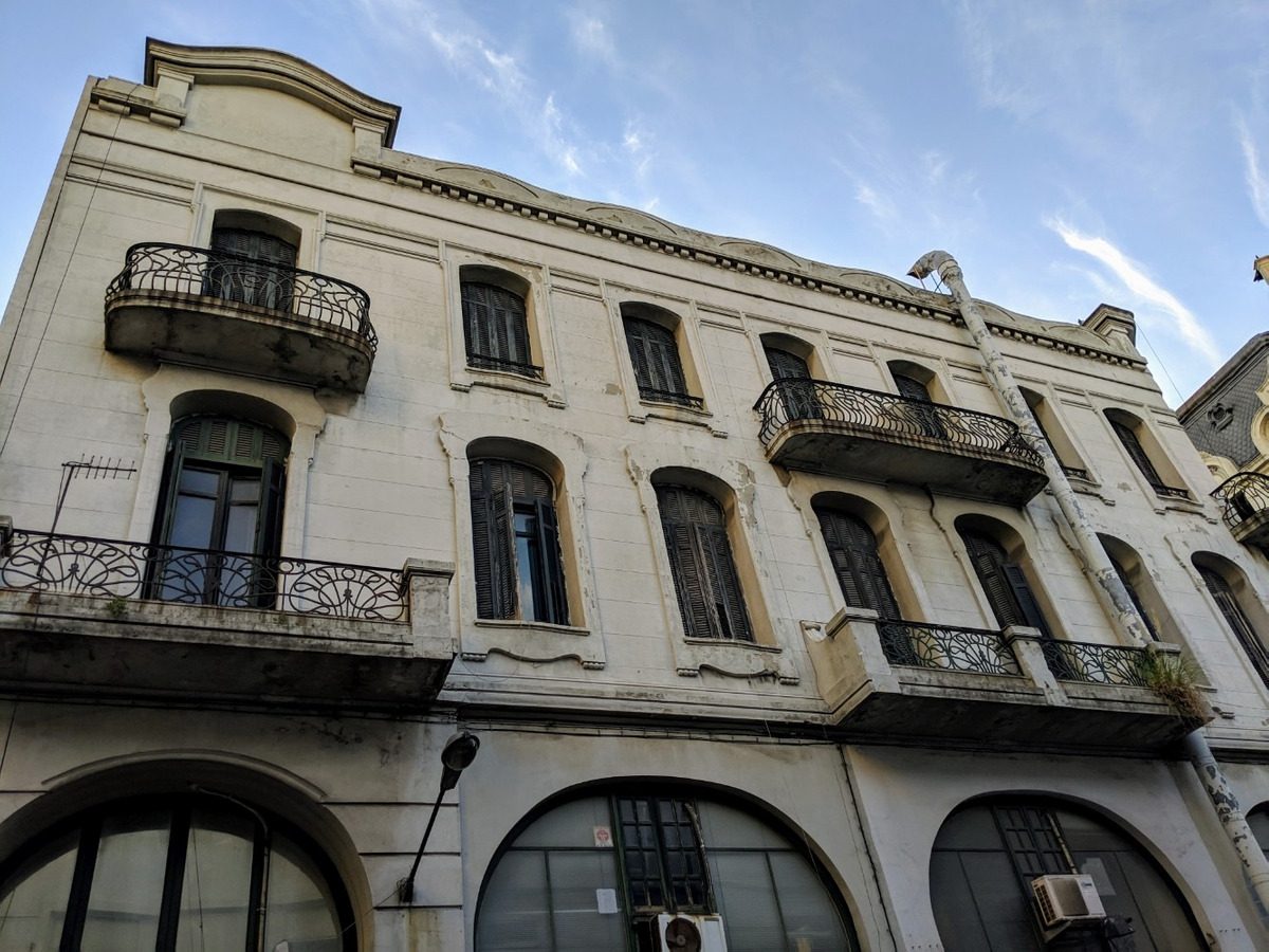 oportunidad de inversión: venta - edificio - ciudad vieja