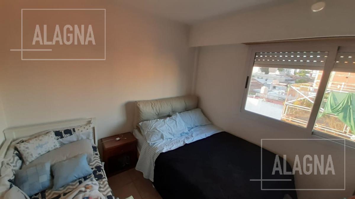 oportunidad departamento 1 dormitorio con balcón al frente y bajas expensas