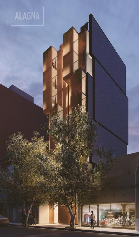 oportunidad departamento mono-ambiente divisible con patio en san juan y oroño