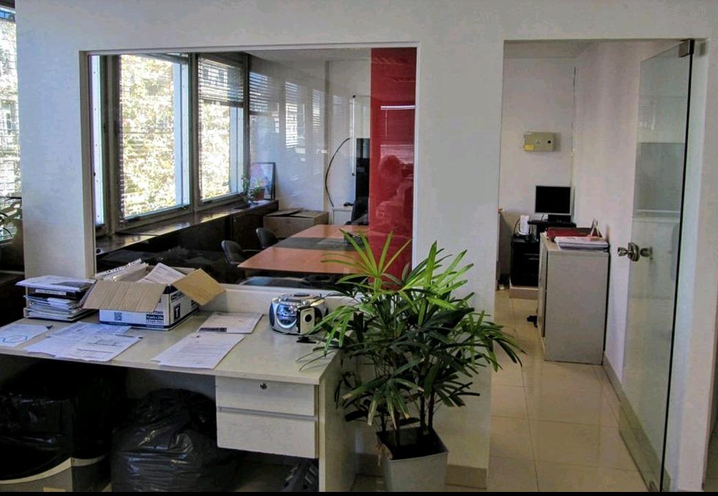 oportunidad dueño  $ amplia oficina, moderna y luminosa