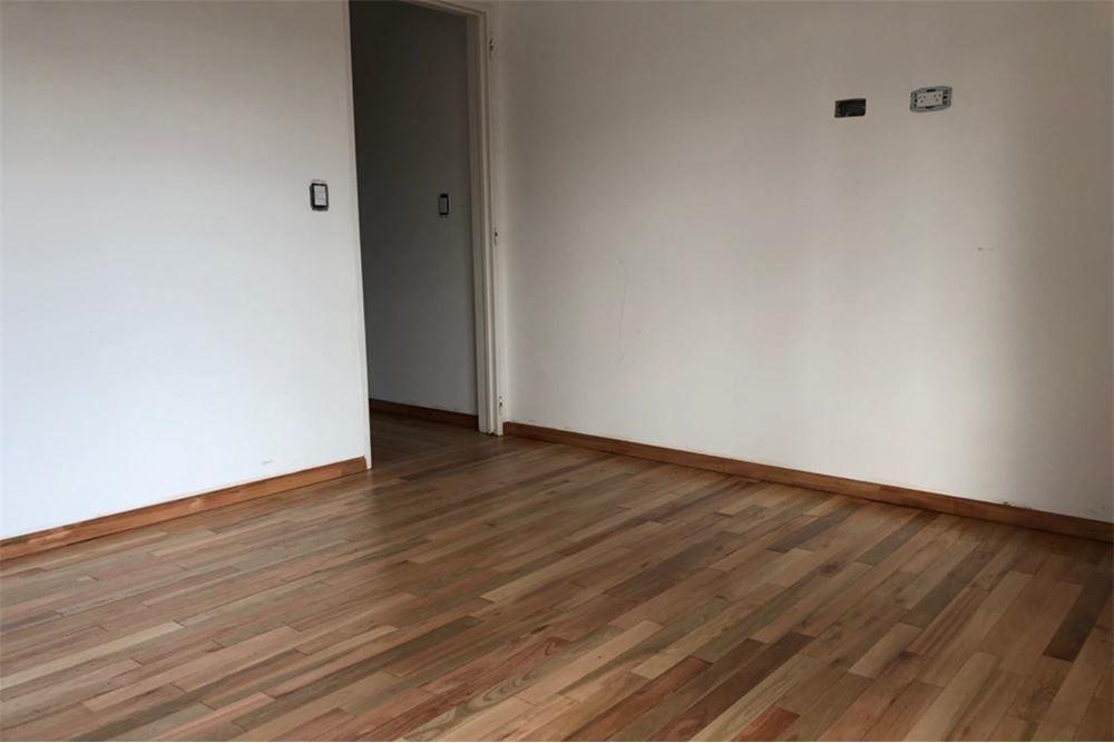 oportunidad duplex 3 ambientes castelar / cochera