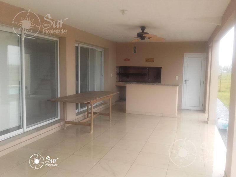 oportunidad!!! hermosa casa de 4 ambientes con pileta en la magdalena!!!