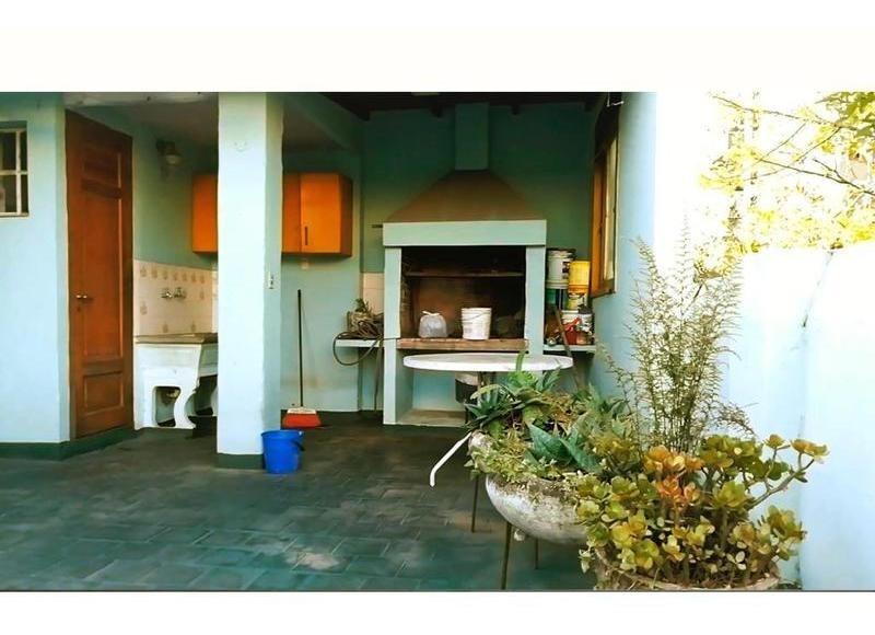 oportunidad hermoso ph con terraza y parrilla -