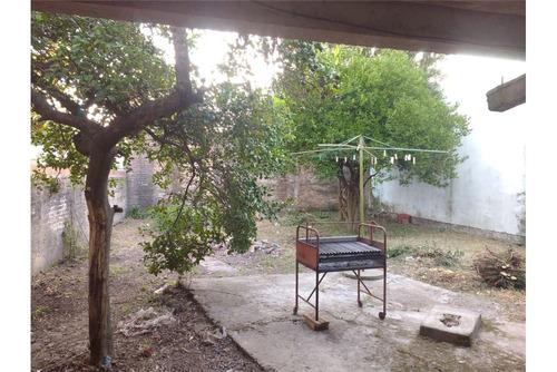 oportunidad linda casa con jardin y patio