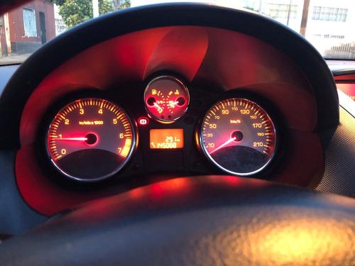 oportunidad !! liquido peugeot 207 compact xt full 2011