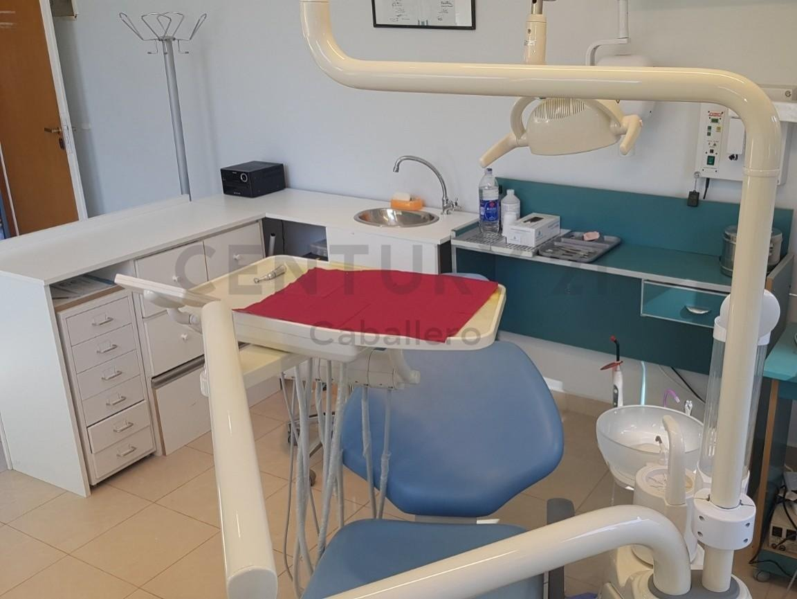 oportunidad local consultorio en centro médico reconocido en villa la angostura