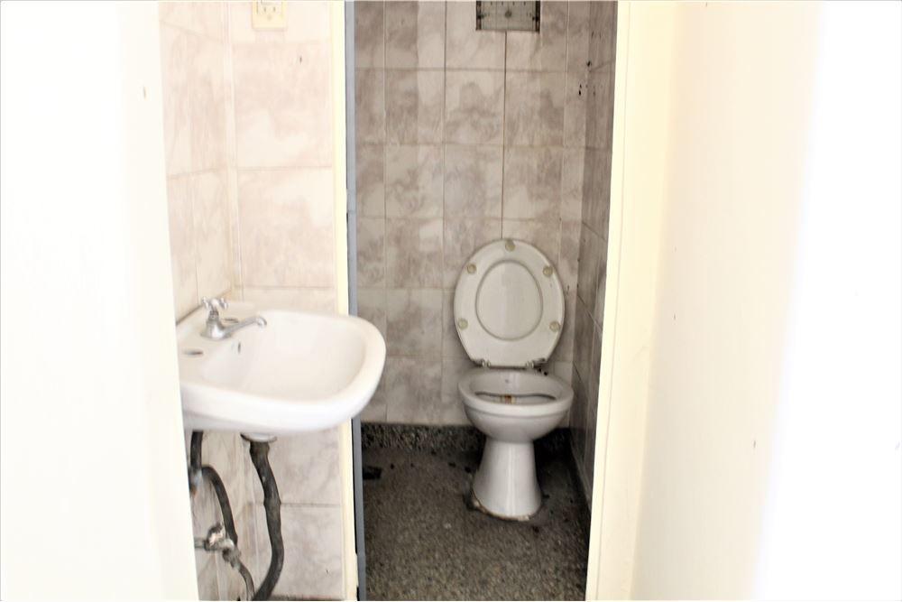 oportunidad local de 25 m2 c/baño