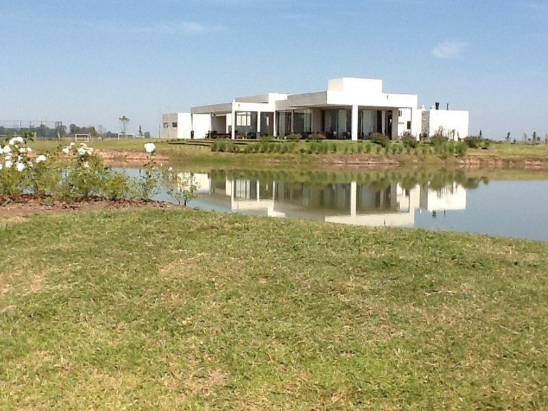 oportunidad!!! lote de 700 m2 con fondo verde!!!