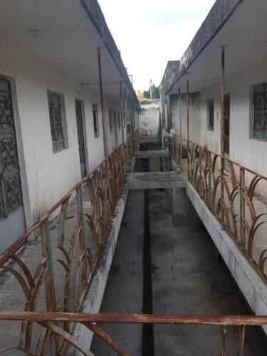 oportunidad para inversionistas. centro de mérida, casona de techos altos con 34 habitaciones y pisc