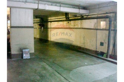 oportunidad!!  piso de cocheras en planta baja,