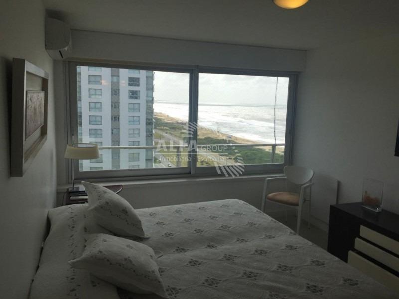 oportunidad ! primera linea de playa brava, 3 dormitorios + dependencia- ref: 2681