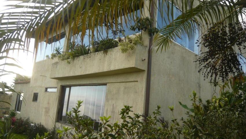 oportunidad! se venden dos propiedades: una casa y 1 parcela