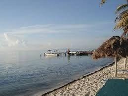 oportunidad terreno a unos pasos del mar en cancun c1972