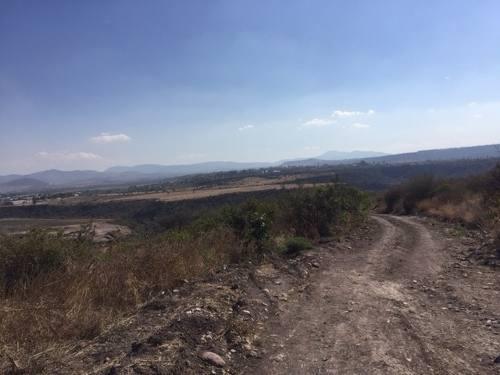 oportunidad!! terreno en venta en carr. a huimilpan rtv170201-mg