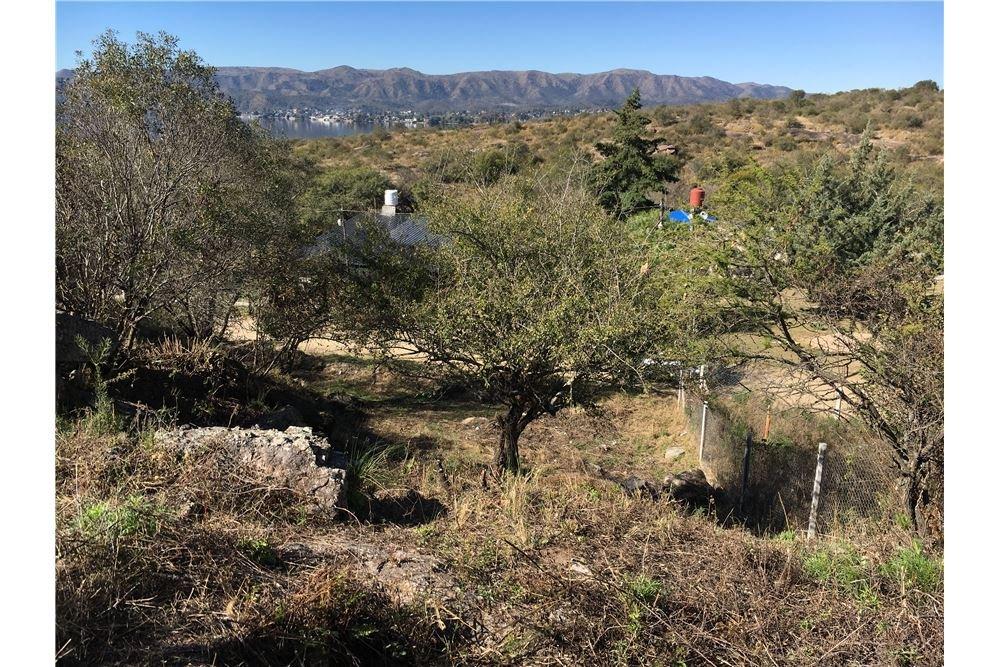 oportunidad - terreno villa del lago 1700m2