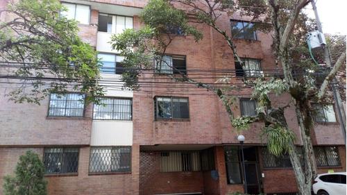 oportunidad unica de adquirir este amplio penthouse duplex