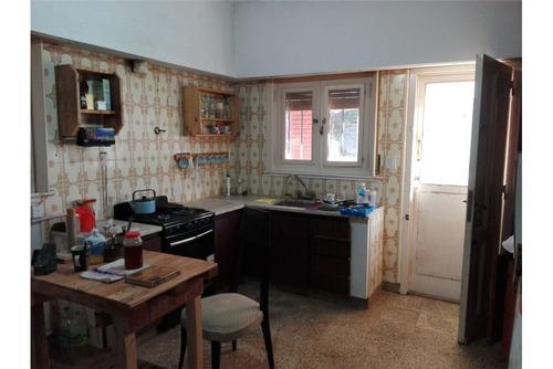 oportunidad!! venta casa c/opción a 4 rentas