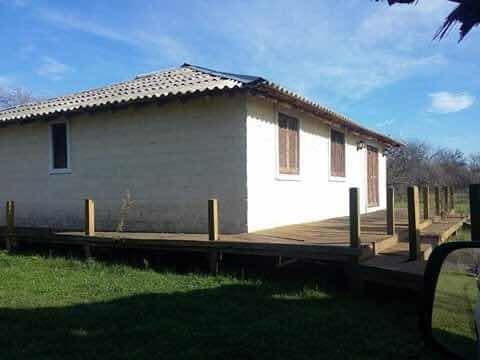 oportunidad! venta de campo con casa en mercedes 3 hectareas