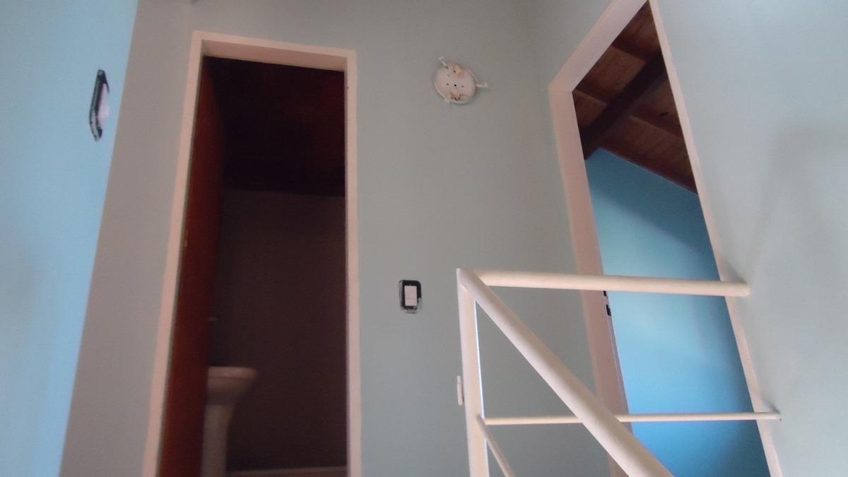 oportunidad venta duplex en condominio con bajas expensas