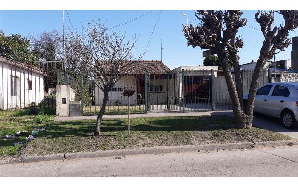 oportunidad!!!!!!!!casa 3 amb c/coch/jardin/patio