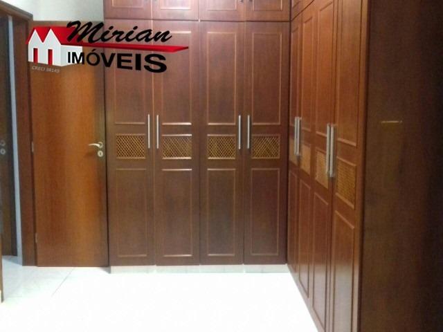 oportunidade casa com elevador em condomínio fechado 3 dormitórios sendo 1 suite master com hidromassagem,sala de estar, sala de jantar ,wc social,escritório,cozinha ,dispensa com - cc00089 - 32243805