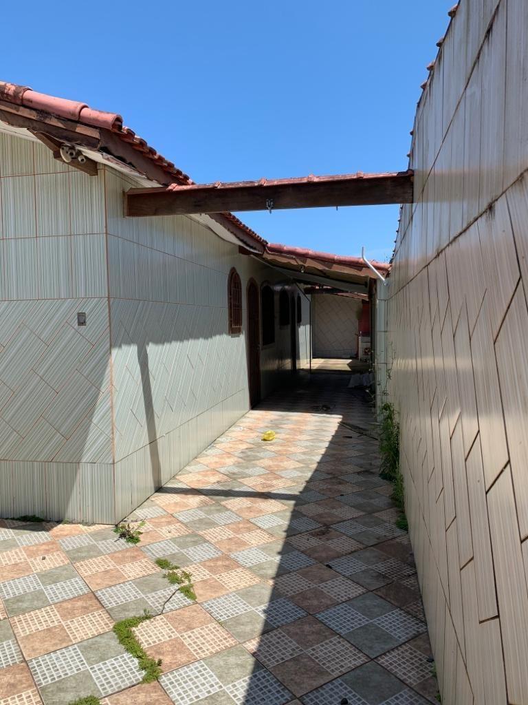 oportunidade casa linda a 900 metros da praia