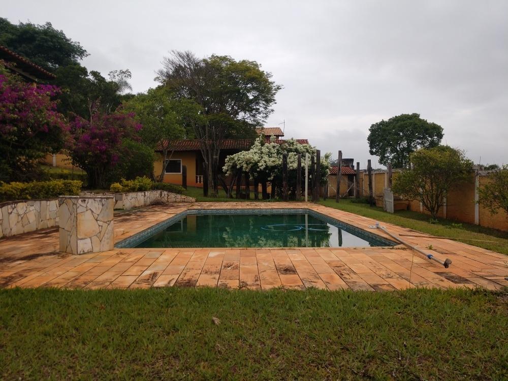 oportunidade chac.ibiúna condomínio 2.500 m sede e piscina!